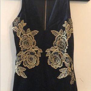 3895662119 Dresses - Black Velvet 3D Embroidered Gold Roses Dress